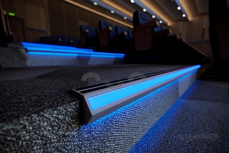 Profil schodowy LED
