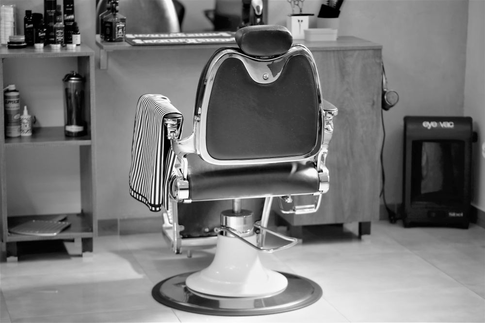 Nowoczesny fotel do salonu fryzjerskiego
