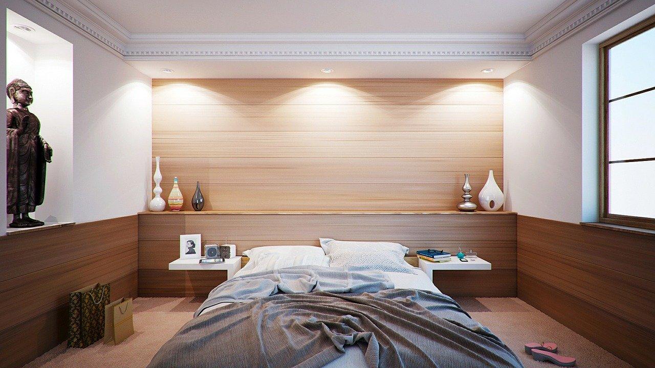 Oświetlenie nad łóżkiem w sypialni