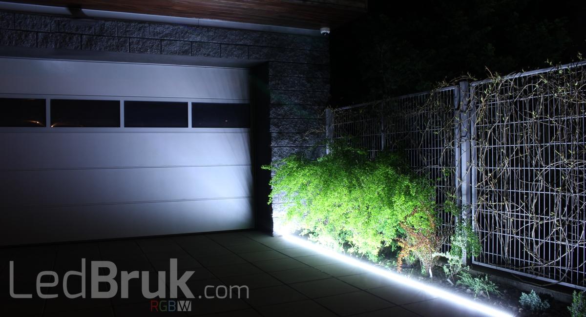 Oświetlenie podjazdu garażu