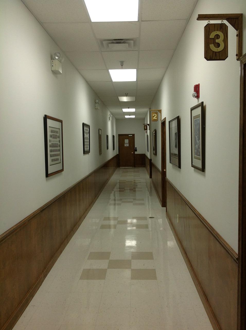 Oświetlenie na korytarz